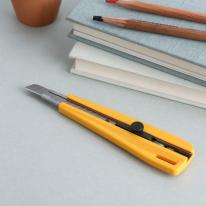 OLFA 300 도배/장판칼 - 전문가용