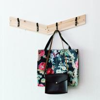 [스타일박스] 365. 사선옷걸이 - 삼나무 원목 벽걸이 옷정리
