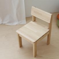 자작 유아 의자