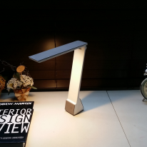 세이프폴더 휴대형 LED 스탠드