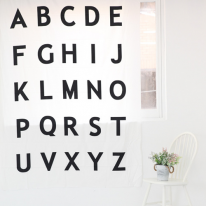 초대폭(220cm)컷트지]면40수-북유럽 디자인 알파벳-블랙(a1506)