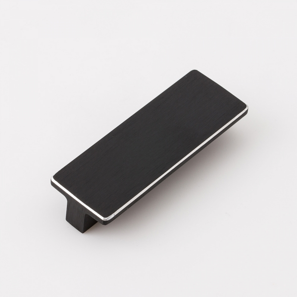 블랙 실버라인 가구손잡이 (64mm)