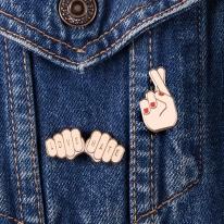 [도이] 캐릭터 패션 브로치 핸드