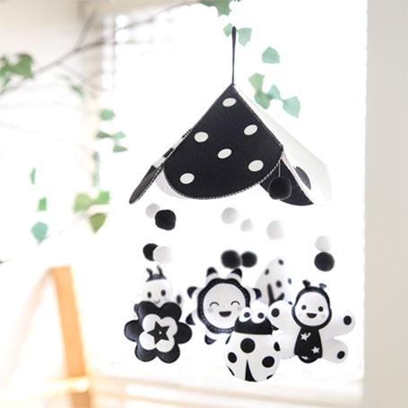 꿈나무 흑백모빌