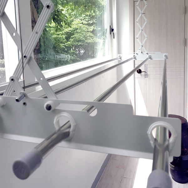 소비자가 만든 튼튼한 베란다 천장 반자동 빨래건조대