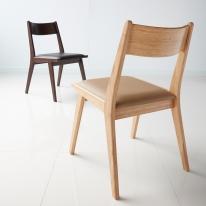 모던 내추럴 인테리어 카페 의자